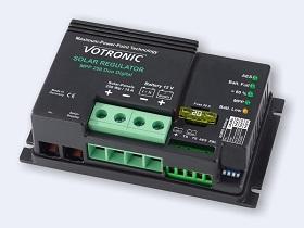 Кнотролер с MPPT функция и възможност за заряд на две батерии - тягова и стартерна.